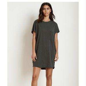 Velvet by Graham & Spencer t-shirt dress size M.